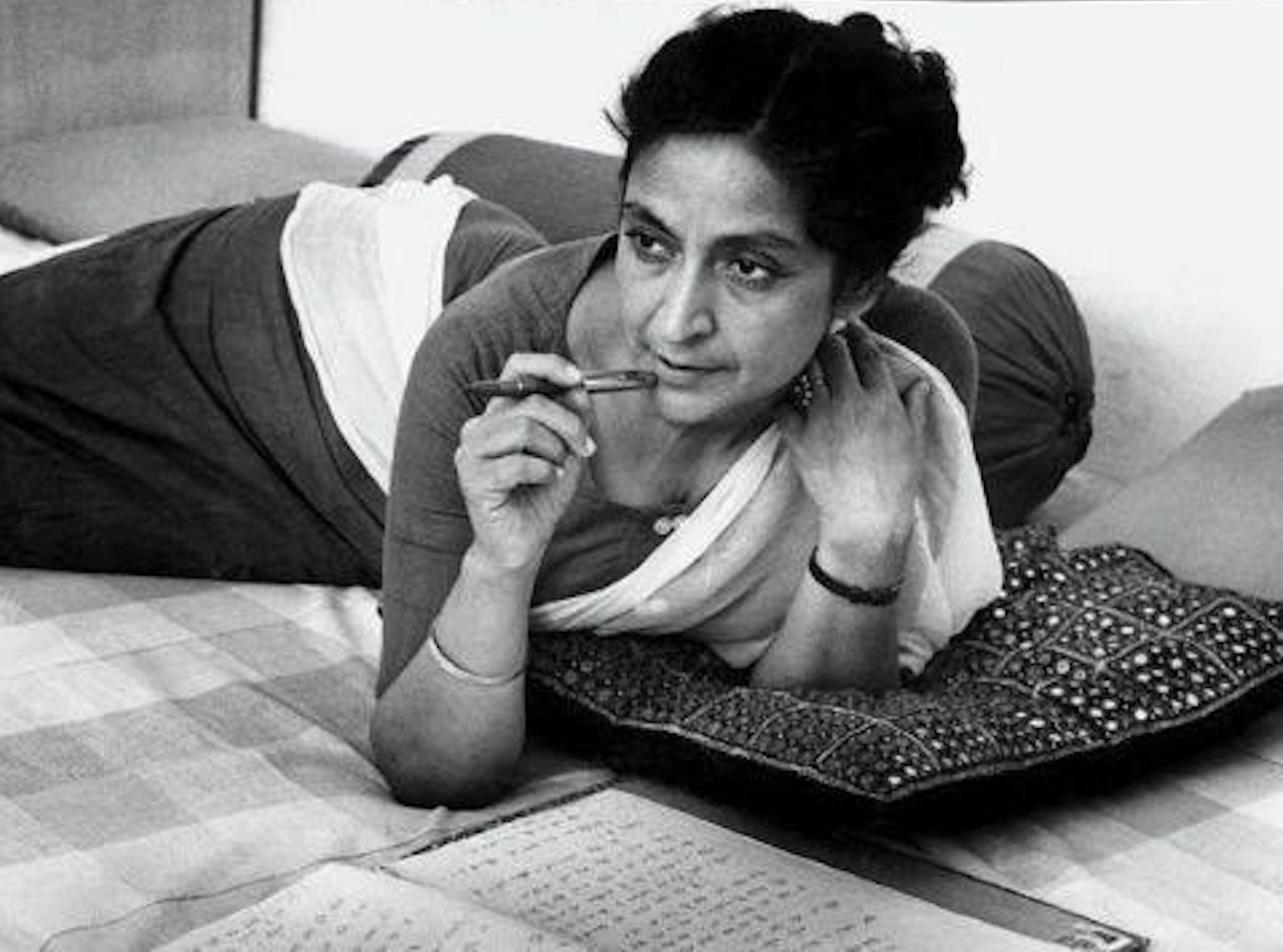 amrita pritam Amrita met sahir sometime around 1944 in preet nagar, a village between lahore and amritsar she was at this time married to pritam singh, who was an editor, but theirs was not the best of marriages.